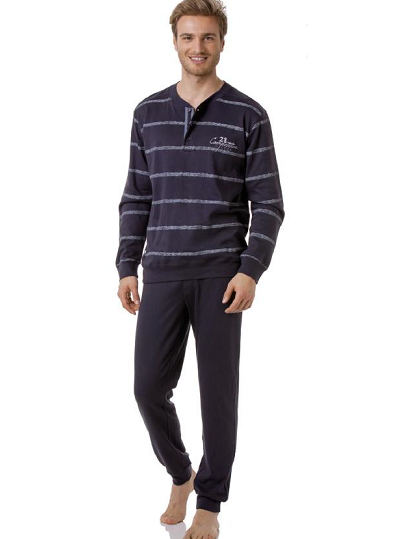 Gombos férfi pizsama