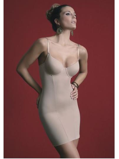 Alakromáló ruha Sassa